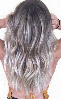 Eisige silberne Haarfarben für 2018. Nuovi Colori Di CapelliOmbre ... 07db6a496a14