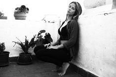 Reposting @sergioredondophotography: •Autumn noons• @zoejesica 📸📷 @sergioredondophotography . #photography #photoshoot #blackandwhite #b&w #vintage #model #spanishmodel #spanishphotographer #portrait #girl #lips #legs #hair #colour #eyes #makeup #barcelona #madrid #valencia #calpe #javea #london #shadows
