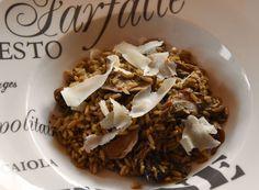 Rice recipe with mushrooms and Raspadura cheese Risotto integrale con funghi porcini secchi e Raspadura   https://www.profumodibroccoli.com/risotto-integrale-porcini/Lodigiana