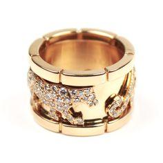 Panther ring by Cartier Bague Panthere de Cartier  Or jaune 18 carats 176 diamants ronds  #Cartier #ring #bague #Panthere #diamonds @InstantLuxe