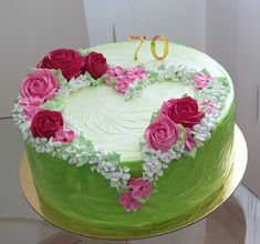 Bolo Floral, Floral Cake, Cake Decorating Videos, Cake Decorating Techniques, Bolo Fondant, Cake Decorated With Fruit, Sheet Cake Designs, Whipped Cream Cakes, Buttercream Cake Designs