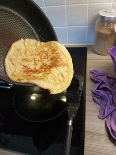 Lavkarbo pannekaker - som ikke smaker omelett! (MaxMinus) Fodmap, Grill Pan, Pancakes, Grilling, Food Porn, Food And Drink, Low Carb, Keto, Breakfast