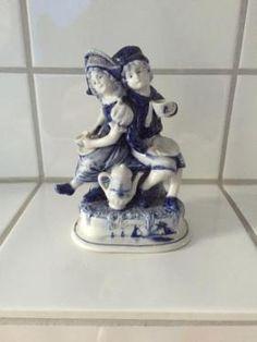 https://www.ebay-kleinanzeigen.de/s-anzeige/delfter-porzelan-figuren/446595669-246-4842