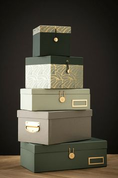 Beautiful storage boxes - Styling a small studio: The MOA's way Decorative Storage Boxes, Small Storage, Diy Storage, Luxury Packaging, Box Packaging, Eid Hampers, Hamper Boxes, Diy Gift Box, Packaging Design Inspiration