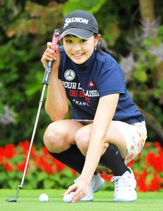 Golf tips, tricks and products Girls Golf, Ladies Golf, Beautiful Chinese Women, Beautiful Ladies, Girl Golf Outfit, Sexy Golf, Golf Images, Golf Player, Golf Wear