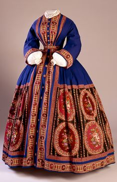 "Dressing Gown, 1862-1864, This dress, despite almost certainly being donated long after it was fashionable, had been packed away as being ""too good to wear."""