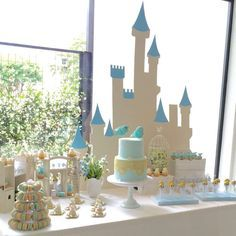 Cinderella Birthday Party Ideas | Photo 4 of 11 | Catch My Party