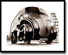 Cool Stuff We Like Here @ CoolPile.com ------- << Original Comment >> ------- Sky Captain gadgets & vehicles
