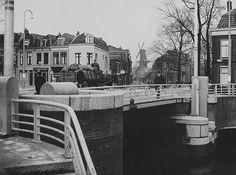De kolenboer op de Asch van Wijcksbrug | Jaren 30 | Richting Hopakker en de molen Rijn en Zon aan de Adelaarstraat
