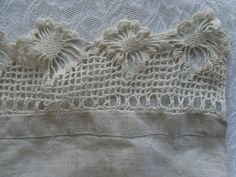 Antique Linen Table Runner. Crochet Lace. Hand Finished.