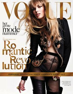Autumn Darling – Doutzen Kroes graces the September issue of Vogue Netherlands, marking her fifth Vogue cover of the year. The Dutch Victoria's Secret model was… V Magazine, Vogue Magazine Covers, Model Magazine, Fashion Magazine Cover, Fashion Cover, Vogue Covers, Magazine Stand, Vanity Fair, Marie Claire