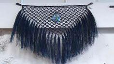Traditional Maori Weaver and Maori Wearable Arts Designer Flax Weaving, Weaving Art, Weaving Wall Hanging, Wall Hangings, Maori Designs, New Zealand Art, Weaving Designs, Maori Art, Kiwiana