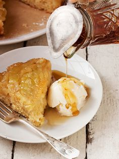 Upside Down Maple Apple Cake ~ This is a delicious apple and maple syrup cake, baked upside-down and reminiscent of a stack of warm apple pancakes. Serve with vanilla ice cream and extra maple syrup.