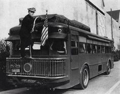Buster Keaton and the Land Yacht