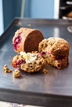 brown sugar cranberry oat muffins - nothing but goodness! #recipes #baking #food