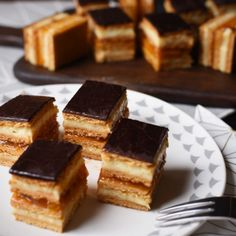 Mézes krémes | Nosalty My Recipes, Cooking Recipes, Preserves, Cornbread, Waffles, Food And Drink, Pie, Sweets, Candy