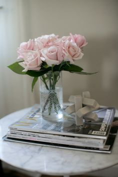 The Everyday Hostess Guest Bedroom - How to prepare your home for house guests - 5 easy tips and tricks! Flowers are perfect to leave by the bedside table
