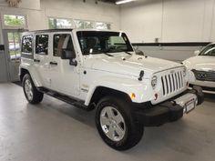 2011-White-Jeep-Wrangler-Unlimited-Sahara