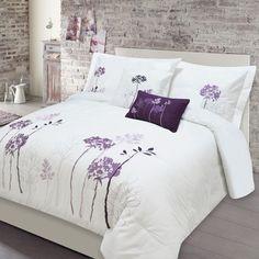 UNIVERSAL Adrian Lewis Alegra 5 Piece Embroidered Queen Size Comforter Set
