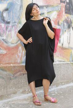 RAYA+black+extravagant+loose+asymmetrical+tunic+by+Comfortissimo,+$65.00
