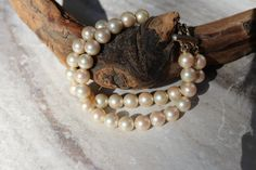 Vintage Faux pearl bead bracelet goldtone accents by TheHavenFinds