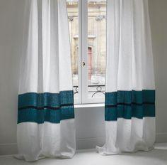 The Best 2019 Interior Design Trends - Interior Design Ideas Decor, Interior, Curtains Living Room, Printed Shower Curtain, Interior Design Trends, Curtains, Home Deco, Appartment Decor, White Curtains