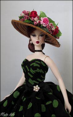 https://flic.kr/p/FaKUAc   Silkstone Barbie Parisienne Pretty