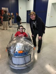 Nate Peters Designed And Built The Airstream Camper Costume For A Boy In Wheelchair Project Was Sponsored By Organization Magic