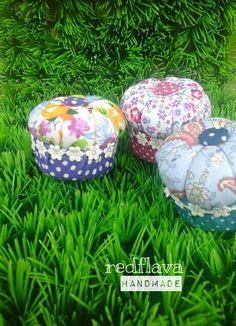 Pincushion, handmade, diy,fabric, by redflava handmade