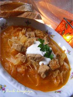 Hungarian Recipes, Hungarian Food, Thai Red Curry, Food And Drink, Tasty, Meat, Ethnic Recipes, Memories, Traditional