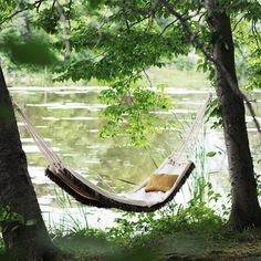 Spend the rest of your summer lounging in your own DIY hammock!