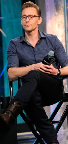 Tom Hiddleston attends AOL BUILD presents 'Crimson Peak' at AOL Studios In New York on October 16, 2015 in New York City. Full size image: http://ww1.sinaimg.cn/large/6e14d388gw1expbwxc8ktj21i62bc4qp.jpg Source: Torrilla, Weibo