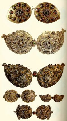 Traditional (Greek) women's buckles from Cyprus, late-Ottoman era, century. Greek Jewelry, Old Jewelry, Ethnic Jewelry, Greek Traditional Dress, Traditional Outfits, Ancient Greek Costumes, Family Origin, Chinese Fabric, Fashion Jewellery Online