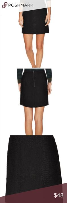 🔥🔥🔥hott French Connection Black Croc Skirt I love this skirt.   It has just never fit me!  Never been worn French Connection Skirts Mini