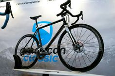 KONSTRUCTIVE CYCLES BERLIN Rhodolite DBV Shimano Dura Ace PRO Bike in Silver and Pure Carbon