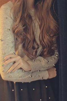 <3<3 the sweater!