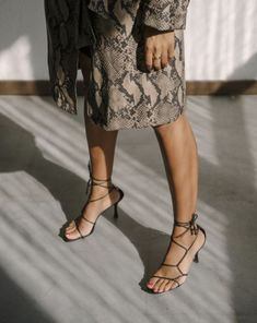Faux Python Please - Gucci Sandals - Ideas of Gucci Sandals - storm wears nina kastens gold ring with black gucci sandals and strenesse x lisa banholzer snake coat Fashion Gone Rouge, Fashion Mode, Fashion Shoes, Womens Fashion, Fashion Trends, Ladies Fashion, Fashion Ideas, Fashion Dresses, Street Style Trends