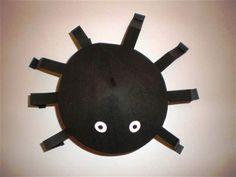 Knutselen: spin van papier Toddler Crafts, Crafts For Kids, Crafts For 2 Year Olds, Diy For Kids, Paper Crafts, Creative, Stage, Google, Winter