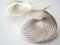 Spiro++pendientes+de+alambre+espiral+moderno+Mini+por+polishedtwo,+$12.00