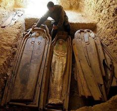 Mummification in Ancient Egypt. Mummification was practiced in Ancient Egypt tin order to preserve the body for the after life . Luxor, Egypt Mummy, Egypt Culture, Valley Of The Kings, Art Thou, Egypt Travel, Museum, After Life, Trends