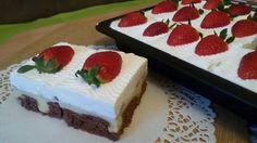 Fantastické pudinkové řezy se šlehačkou a jahodami   NejRecept.cz Pavlova, Pudding, No Bake Cake, Cooking, Recipes, Food, Strudel, Cakes, Anna