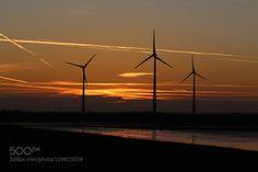 Ein goldener Herbst in Holland 8. by dirkwiemann  Abendrot Holland Sonnenuntergang Windenergie Windkraft Windmühlen Windräder dirkwiemann