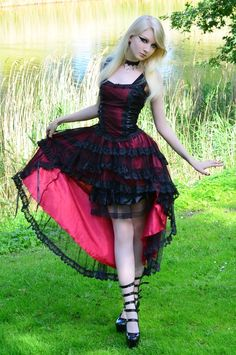 I would wear this dress all day every day! Romantic Goth by MariaAmanda