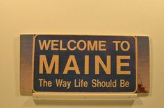Wooden Wall Sign 10x5 - C018 - Welcome to ME