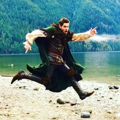"Sean Maguire ""This Sunday guess who's bouncing back.....photo by @BillyGierhart #RobinHoodReturn #OnceUponATime"""