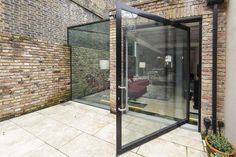 Culmax - Rear Extension | Pivot Door