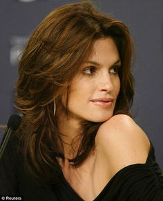 cindy crawford hair | Cindy Crawford reveals a little jealousy over her daughter Kaia's legs ...