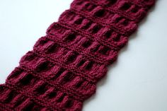 Gathered Scarf by Maryse Roudier is a FREE Ravelry download. It has a nice texture don'tcha think?