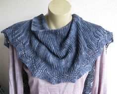 Ravelry: Faultline pattern by Gabriella Henry