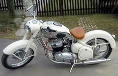 Bsa Motorcycle, Classic Motorcycle, British Motorcycles, Classic Motors, Scooters, Old Cars, Motorbikes, Vehicles, Design